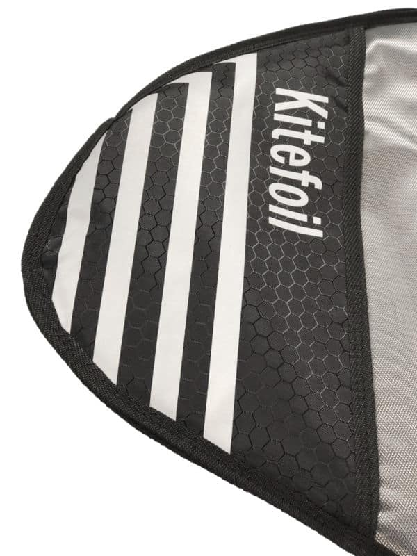Kitefoil protection bag for assembled foil tips renforcement