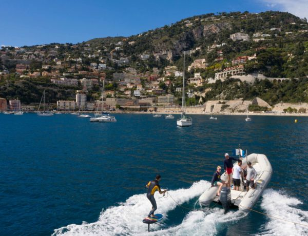 Martin in Nice with foil and front wing M 1250 cm2 SROKA Company - Watersport