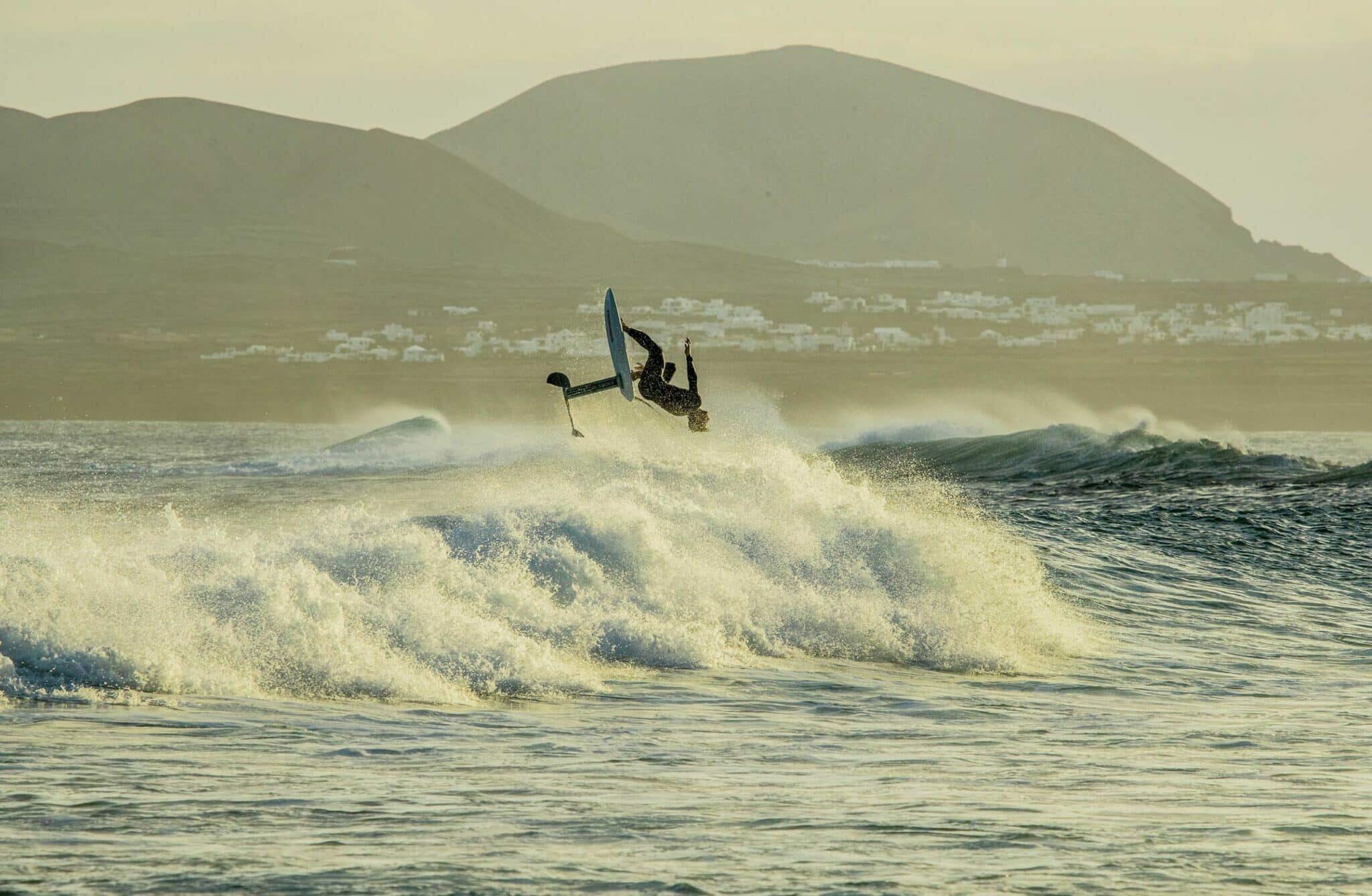 Surf Foiling avec le S-Foil High Aspect Sroka Company